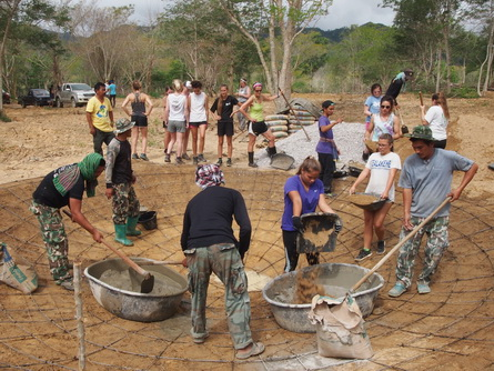 student volunteer project Thailand