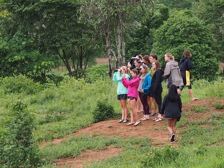 student tours hiking3
